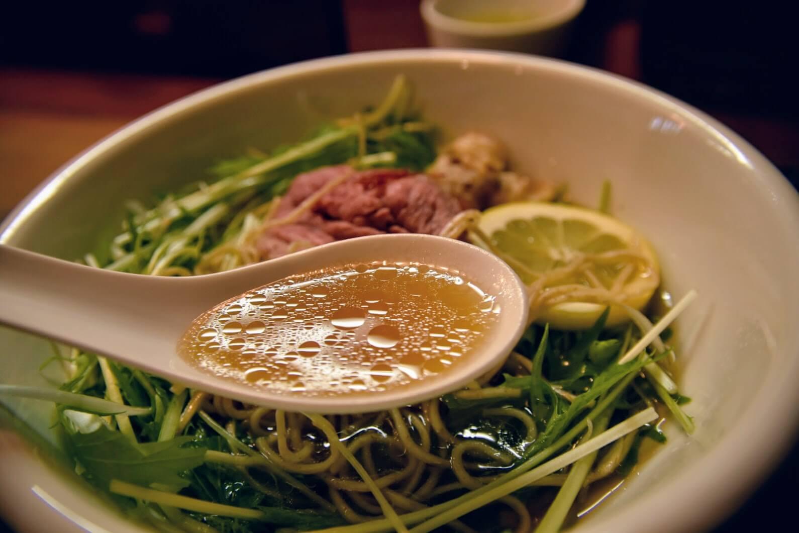 松坂牛麺のスープ
