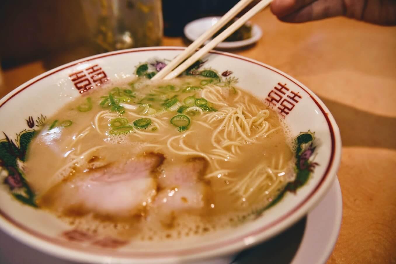 南洲屋のラーメンのスープ