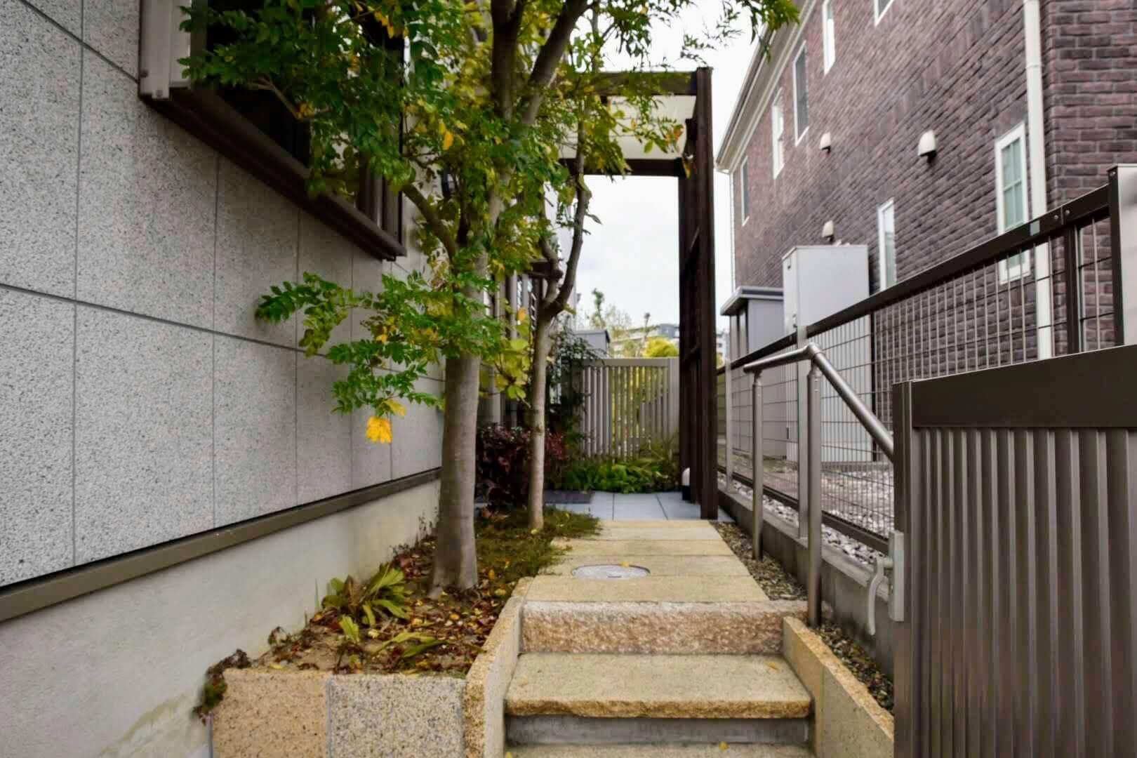 あき津の入口