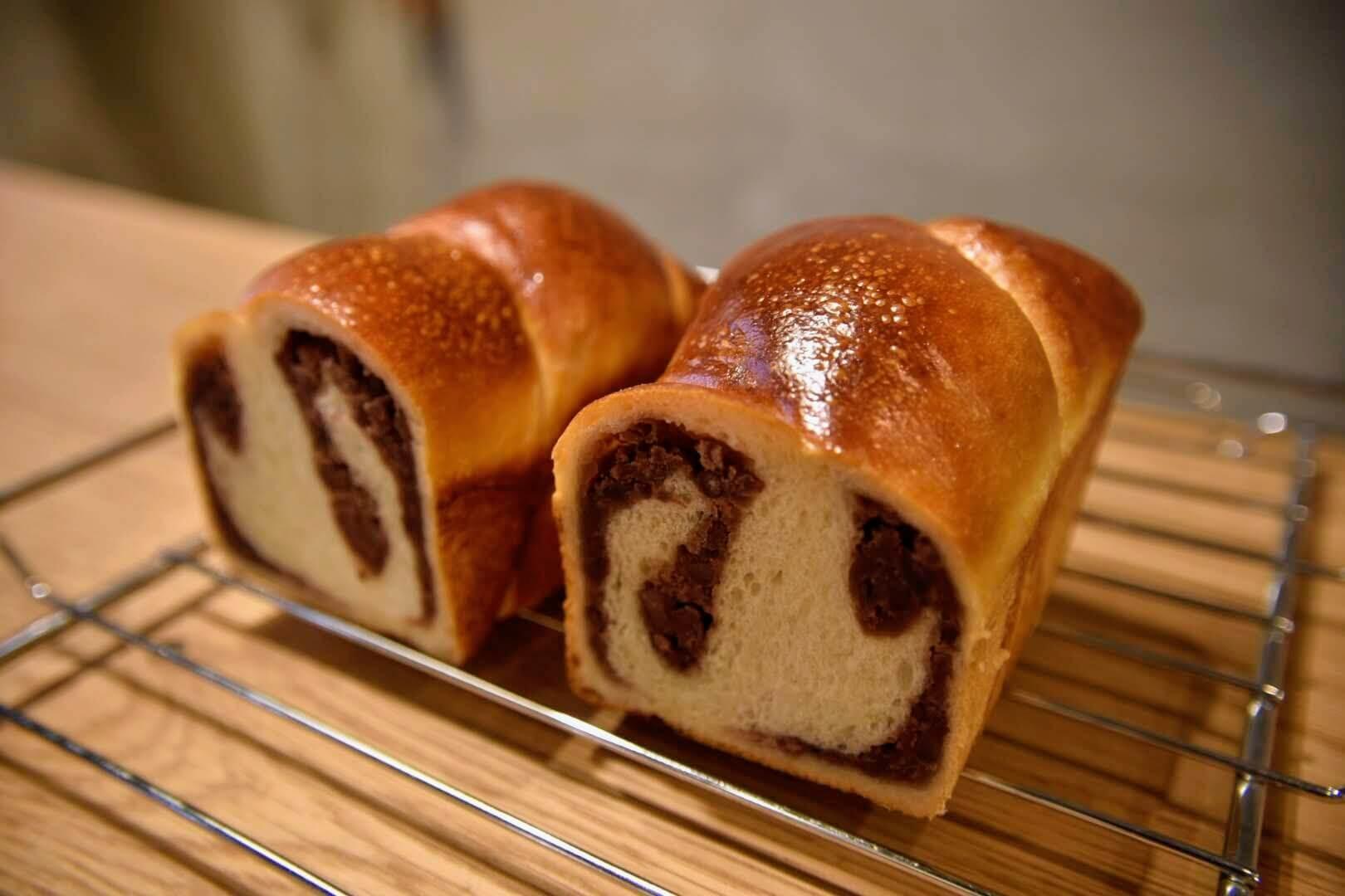 きまぐれ あん食パンの断面