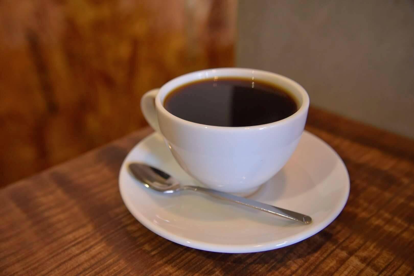 自家焙煎のこだわりホットコーヒー(マイルドブレンド)