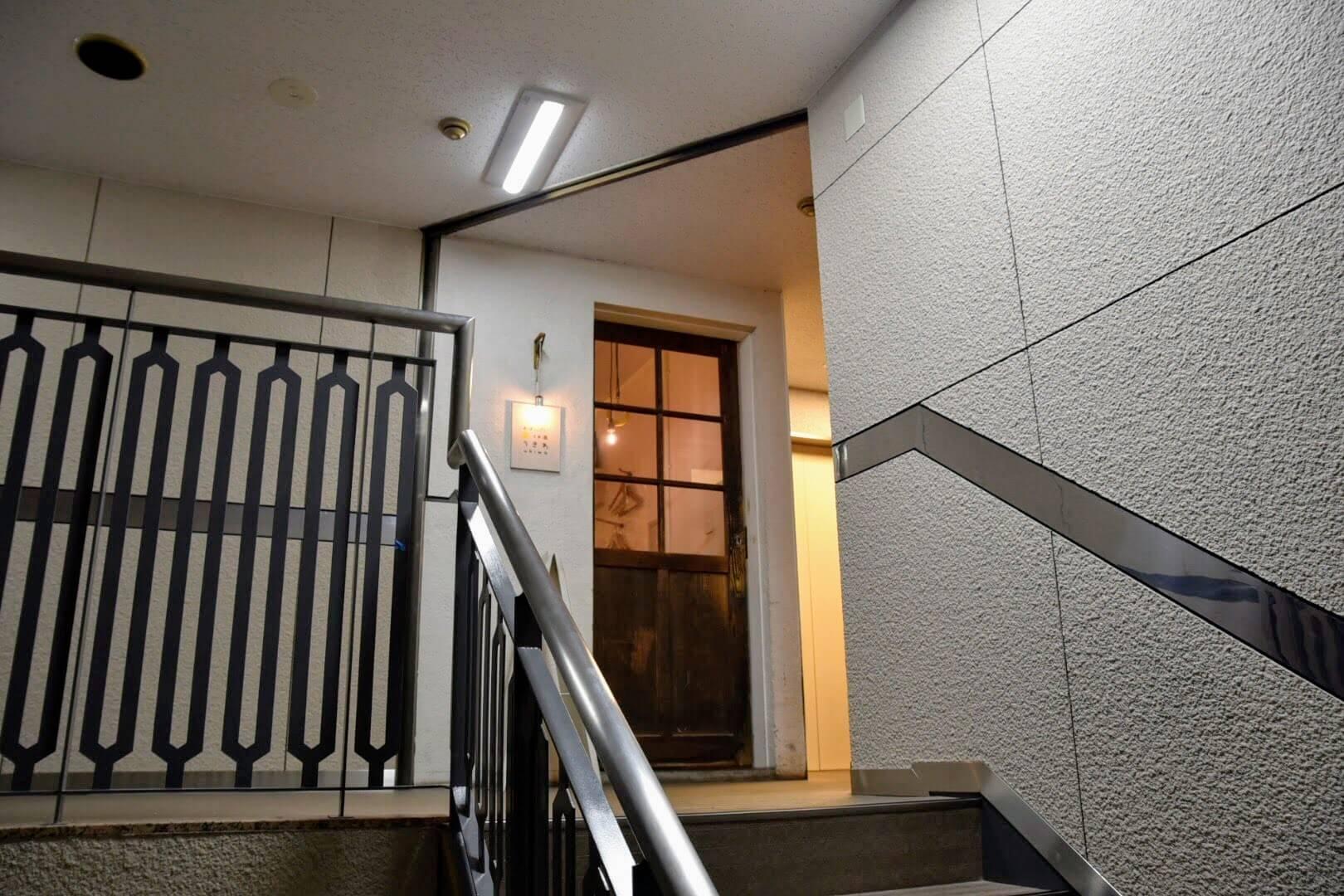 第3ロンヂェビルの階段