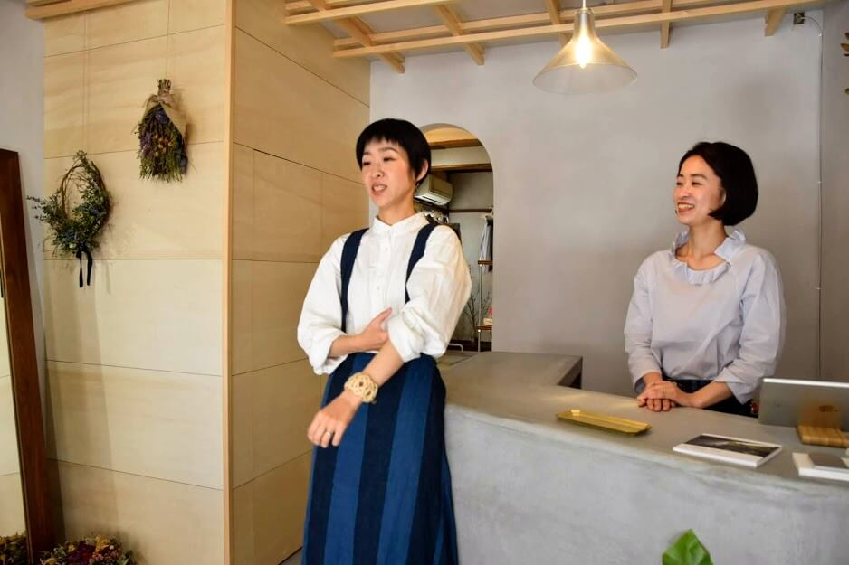née yoshida 装店のオーナー姉妹
